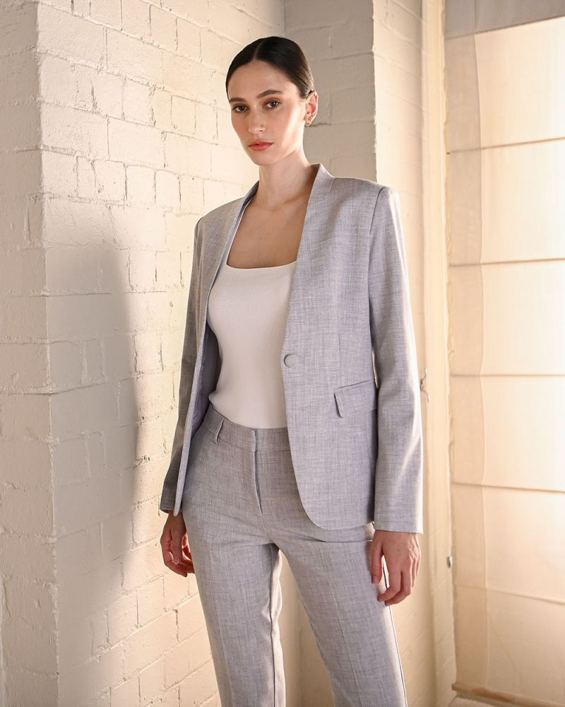 Abril Collarless Suit Jacket